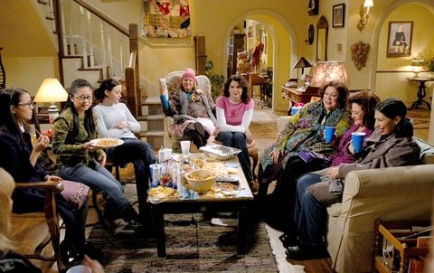 Keiko Agena as Lane, Susane Lee as Kyon, Alexis Bledel as Rory, Melissa McCarthy as Sookie, Lauren Graham as Lorelai, Liz Torres as Miss Patty, Kelly Bishop as Emily and Rose Abdoo as Gypsy on 'Gilmore Girls.'