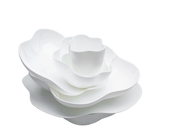 Blossom White Dinnerware Set - 7 Piece Setting