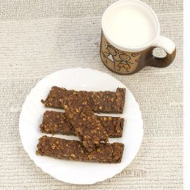 Chocolate Peanut Butter Protein Bars