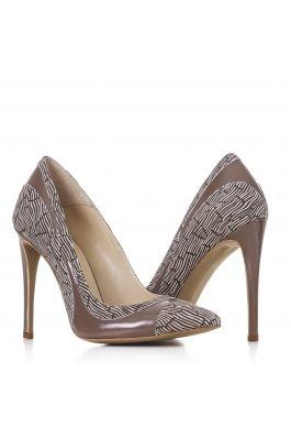 Pantofi cu toc pentru femei marca CONDUR by alexandru maro cu detaliu de lac