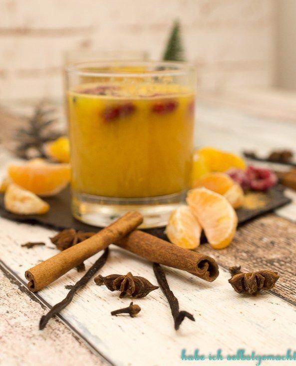 Ein alkoholfreier Orangen Mandarinen Punsch ist mit meinem Rezept schnell selber gezaubert. Es ist auch ein tolles Geschenk aus der Küche!