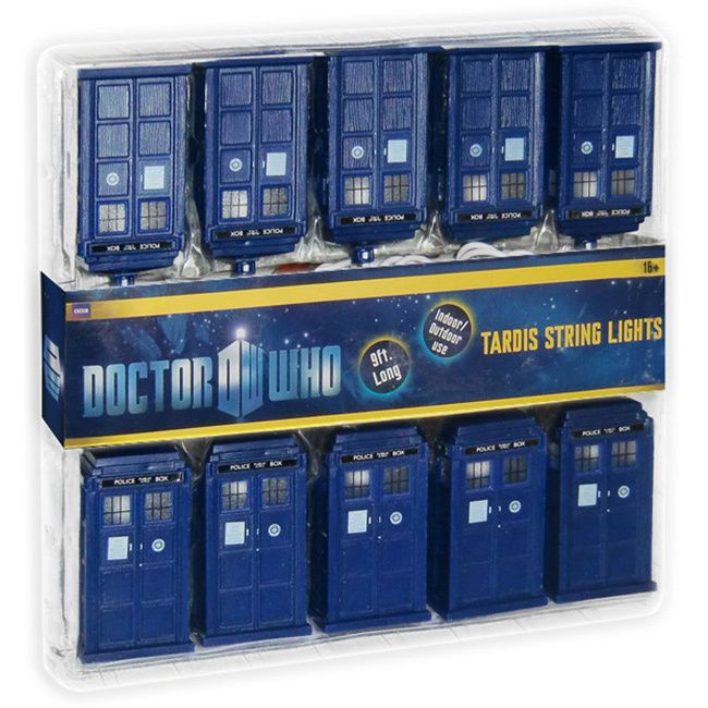 This licensed Doctor Who decorative light strand has 10 Tardis lamps attached to it. This is a great way to improve your Christmas lights this year with your love of Doctor Who. The strand length is n