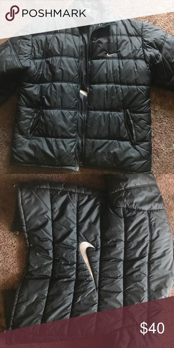 Vintage nike coat . Vintage Nike coat black  , tag with size on it has worn out but will fit 3xl-2xl seeing I am a 3xl and fits me big . Nike Jackets & Coats Puffers