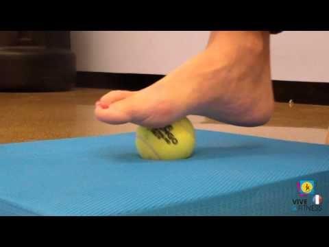 Massage du pied et de la voûte plantaire anti-douleur | Kine Annuaire - YouTube