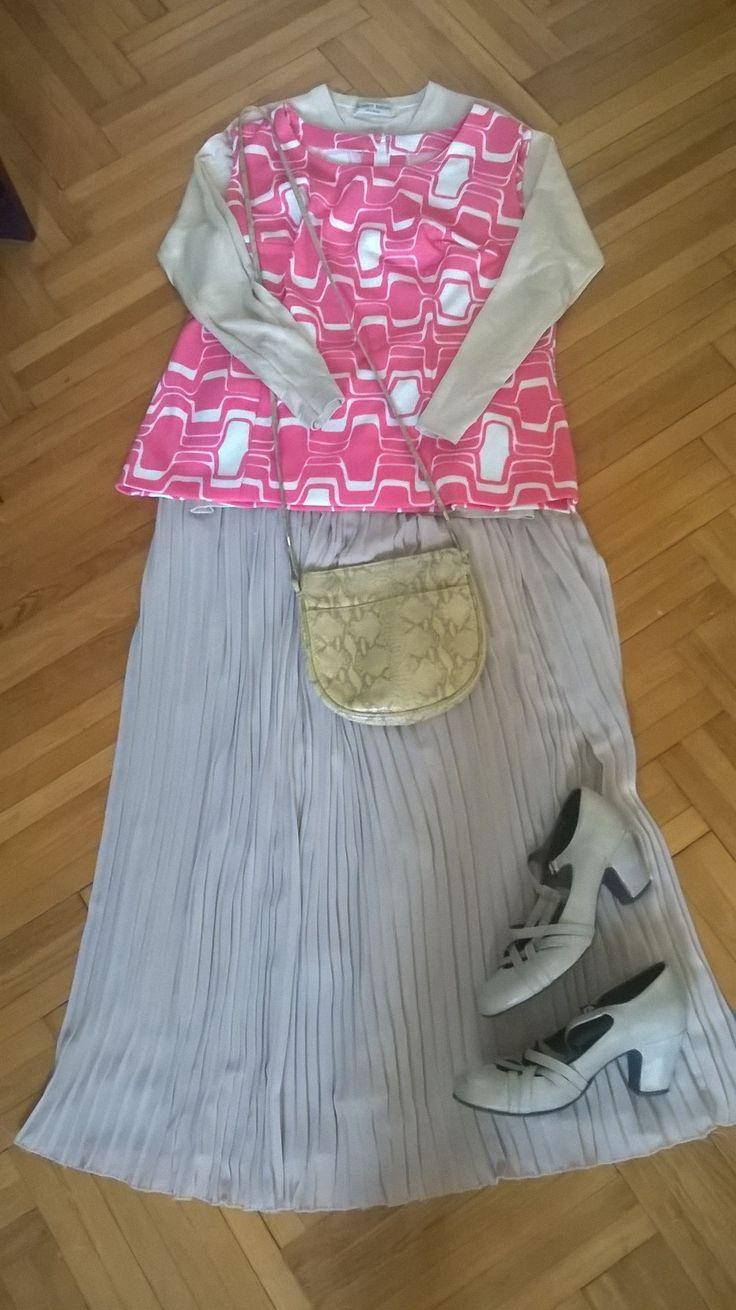 Vintage hot pink op art top + neutrals: sheer pleated skirt, nude shoes & bag