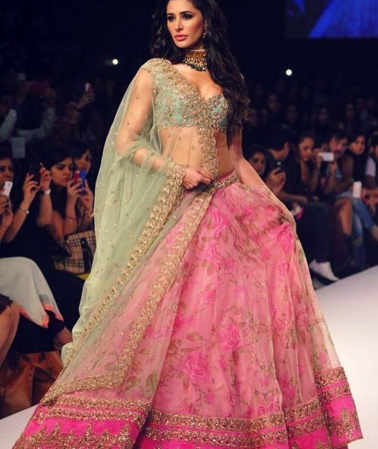 227 best DESI FASHION. images on Pinterest | Trajes pakistani ...