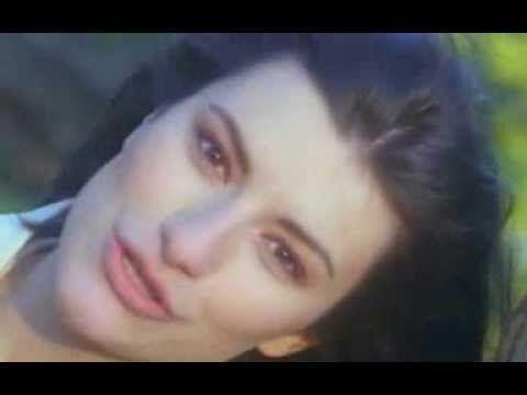 Laura Pausini - Non C'è (video clip)