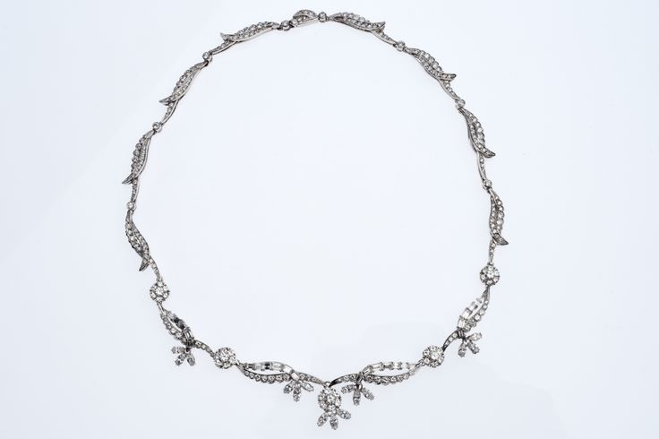 1969's Art deco style diamond chic 17 carat necklace. Belgian make, owned by de Brus Family