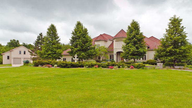 http://www.isellmyhome.ca/Listing/Single_Family_Home/1014_LOVELY_PRESTIGIOUS_ONE_OF_A_KIND_EXECUTIVE_HOME_FOR_SALE_IN_SOUTHERN_ONTARIO.html  #forsalebyowner #flatfeemls #Fsbo