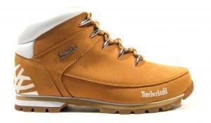 Botas montaña Timberland estrella polar  Botas amarillas de montaña para hombre de la marca Timberland modelo 6235B 4998 Euro sprint wheat. Realizadas en piel nobuck color amarillo con detalle de estrella polar contrastada en la parte de atrás. Suela de goma. Interiores en tejido. Timberland boots men footwear. http://ift.tt/2dotZ0w