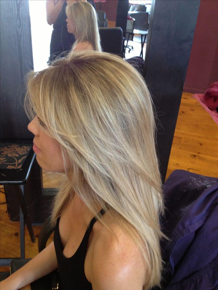 Balayage highlights in blonde hair