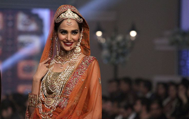 Pakistan Fashion Week | Zee News