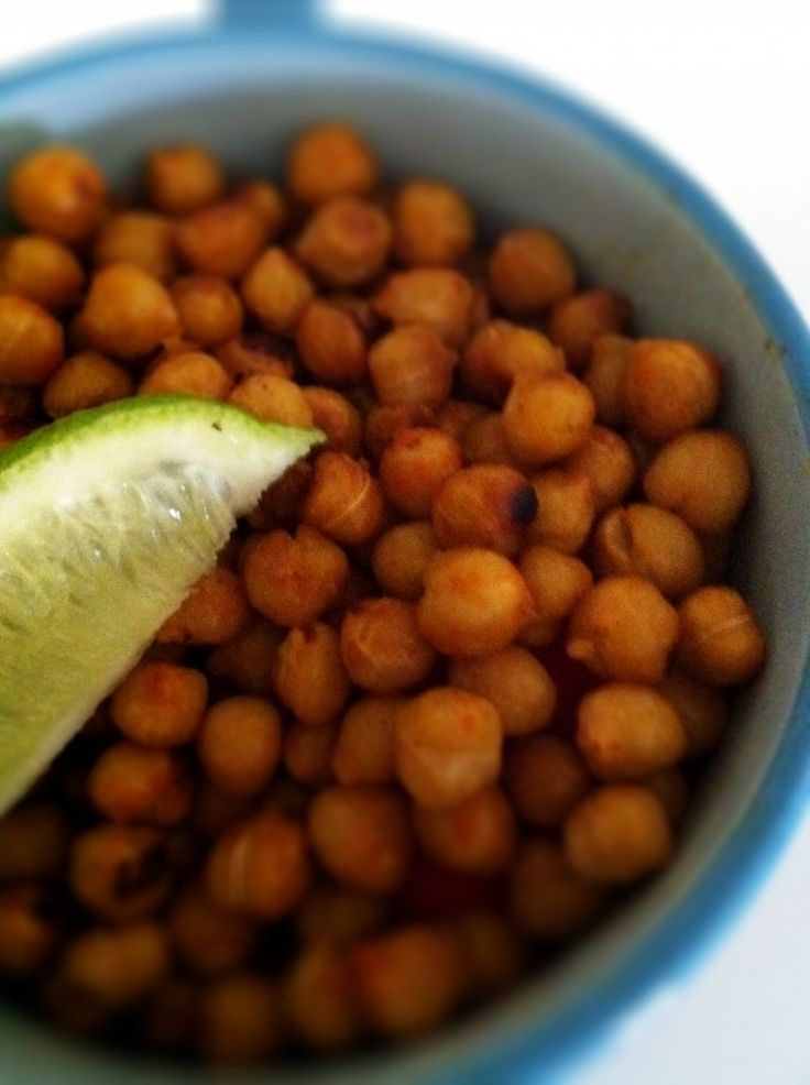 lime chickpeas: Chickpea Recipes, Healthy Weights Loss, Candy Roasted, Healthy Snacks, The Body, Some People, Roasted Chickpeas Recipe, Weights Loss Secret, Limes
