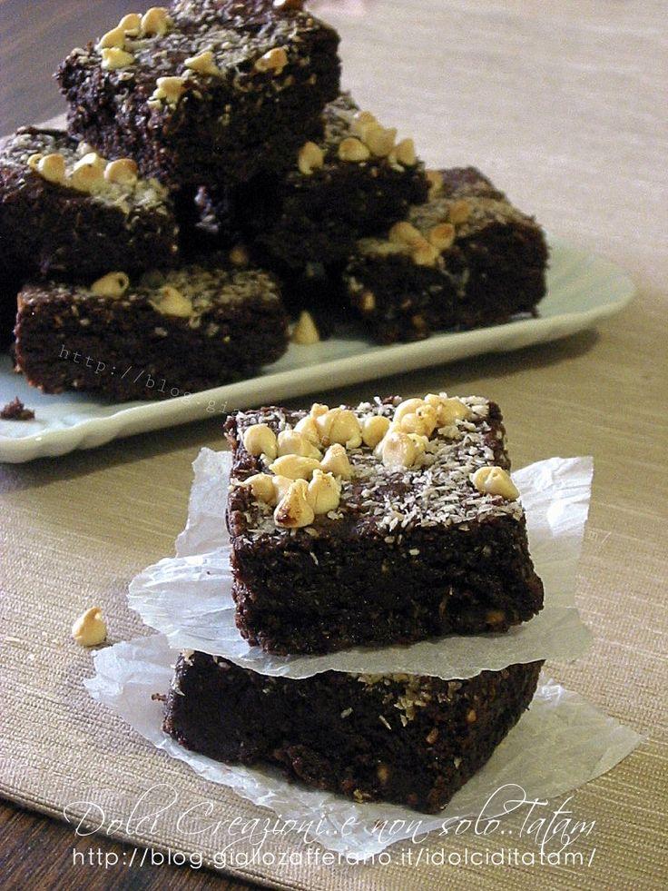 Brownies al cocco e cioccolato bianco - Video ricetta