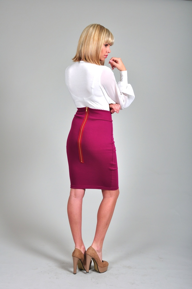 Diligo berry pencil skirt with exposed zip | www.diligo.co.za