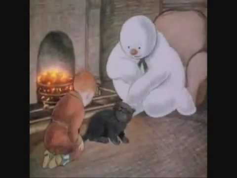 Wow! Just found the full movie version of The Snowman with an intro from David Bowie! (Raymond Briggs - The Snowman)