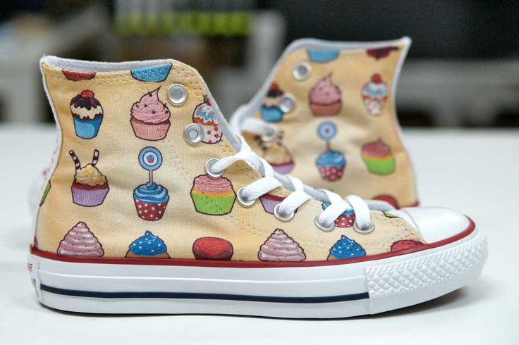 DESIGN YOUR OWN PRINT ON SNEAKERS.