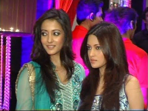 Riya and Raima Sen at Esha Deol's sangeet ceremony.