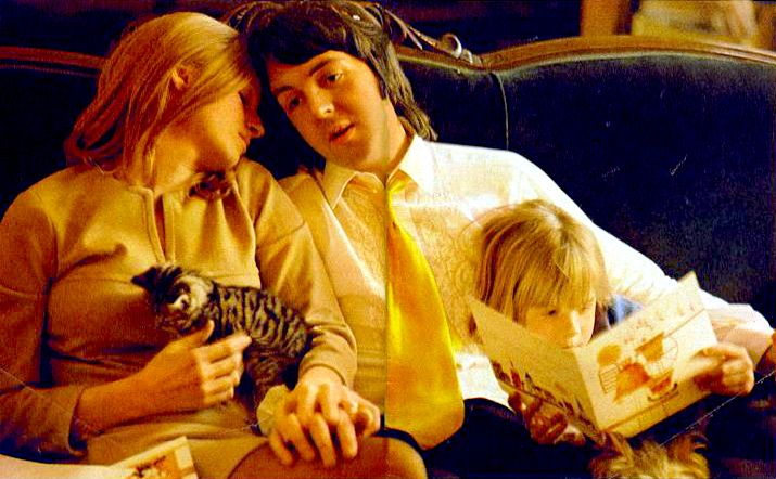 Linda Eastman-McCartney, Paul McCartney, and one of their children