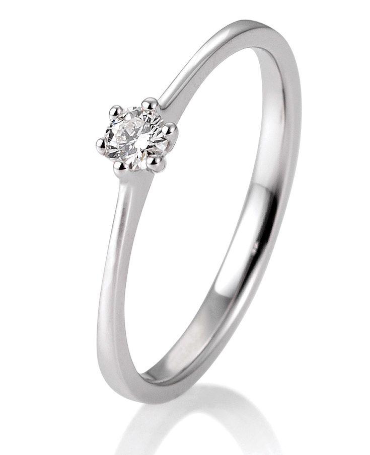 Verlobungsring in 585 Weißgold 0,10 ct. Schmuck #jewelry #jewels #jewel #fashion #gems #gem #gemstone #bling #stones #stone #trendy #accessories #love #crystals #beautiful #ootd #style #fashionista #accessory #instajewelry #stylish #cute #jewelrygram #fashionjewelry #verlobungsring #engagementring #engagement #verlobungsringe #trauringeschillinger #wedding #weddingrings #diamantring #trauringe #eheringe