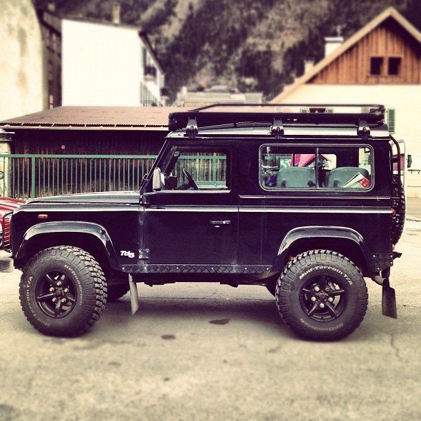 Land Rover Defender 90 Td5 definitely my fathers daughter! I would do anything for this car