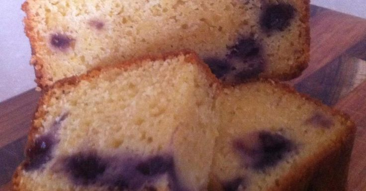 Blueberry and yoghurt loaf