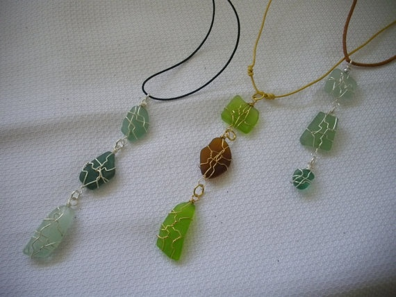 Short sea glass necklace by Analubags on Etsy, $20.00