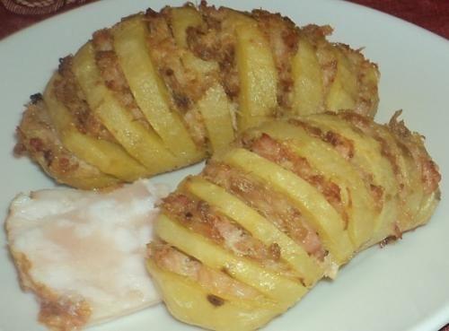 """Картофельная """"гармошка"""" с куриным фаршем"""