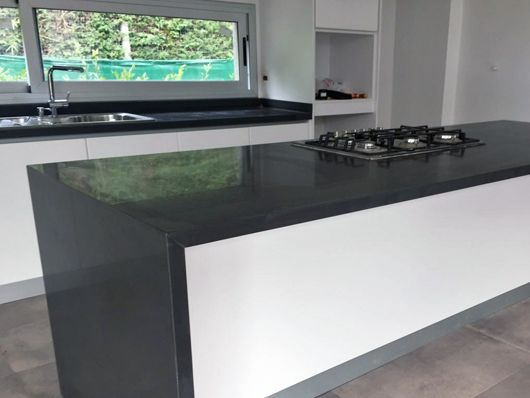 Silestone UNSUI | Kitchen Silestone By Cosentino | Pinterest | Worktop  Inspiration, Kitchens And Black Kitchens