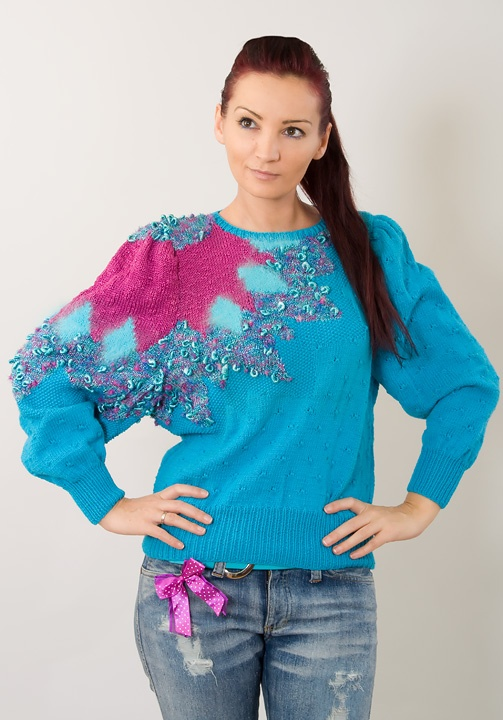 Google Image Result for http://fashion.onblog.at/bilder/200912-modestrecken/80ger-jahre-pulli-destroyed-jeans-3.jpg: 80S Sweaters, 80S Outfits, 80S Clothing