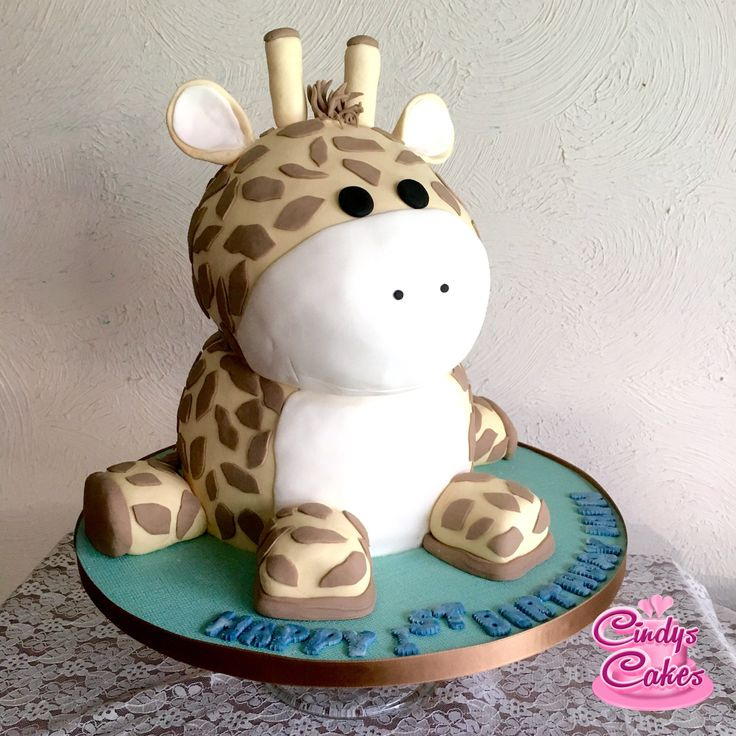#birthday #cake all edible #giraffe for a special little boy! #animal #carved #cute #cindycakes