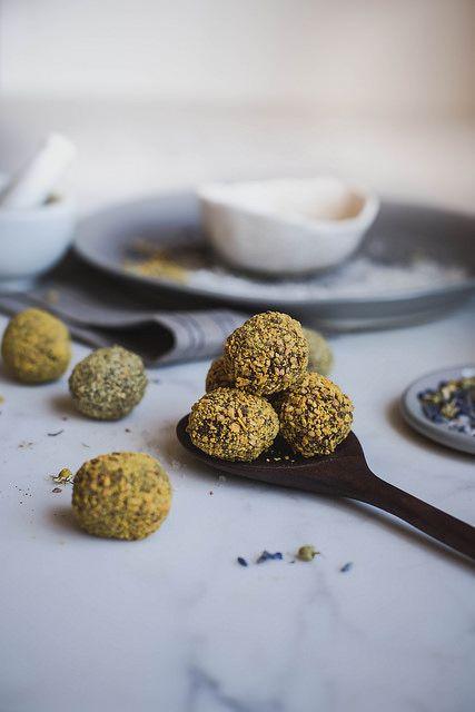 raw vegan chocolate truffles :: chamomile + lavender + bee pollen