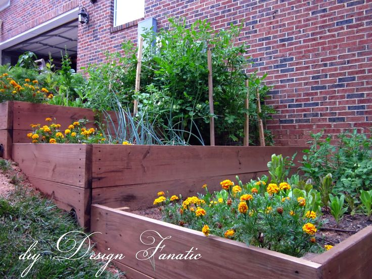 diy Design Fanatic: 12 Ideas For Landscaping On A Slope