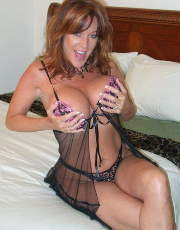 Cougar dating younger man