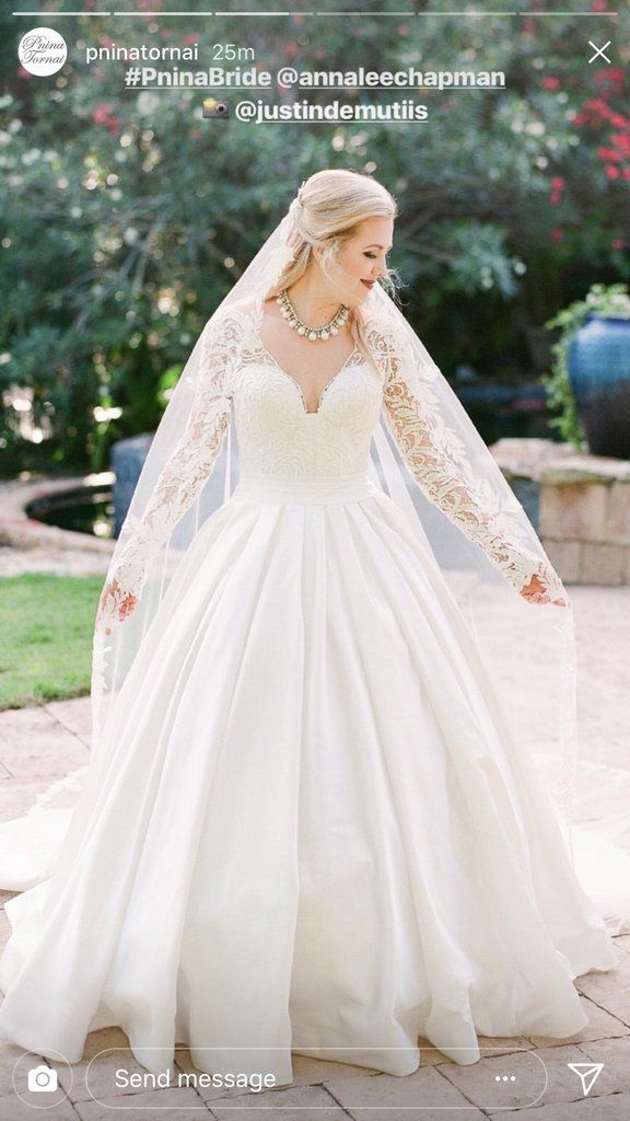 84f6212a790 Pnina Tornai  5179-4422  size 14 used wedding dress front view on bride