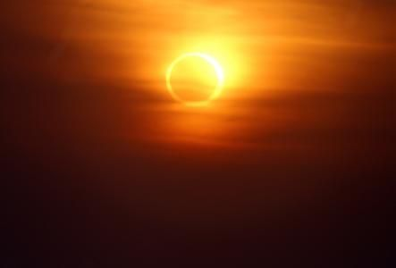 Eclipse Calculator – Eclipses in Los Angeles, California, U.S.A.  Next eclipse visible in Los Angeles – October 23, 2014 — Partial Solar Eclipse