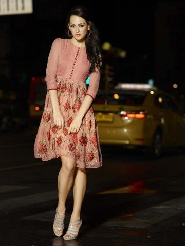 http://static4.cilory.com/75936-thickbox_default/eternal-urbane-series-peach-designer-kurti.jpg
