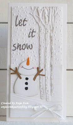 Hallo allemaal,     Twee kaartjes die in zo'n gewone langwerpige envelop kunnen bankpost formaat dus.     Het zijn er twee met de sneeuwman...