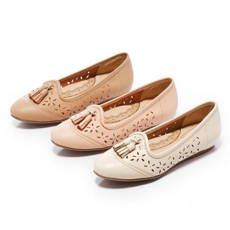 2-2380 Fair Lady Soft芯太軟 素面鏤空流蘇裝飾平底鞋 米 - Yahoo!奇摩購物中心