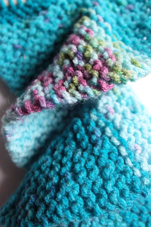 Dinkyflowerpots: Spiral scarf - WIP Things to knit or Crochet Pinterest ...