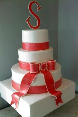 Lovely wedding cakes in Queensbury:)