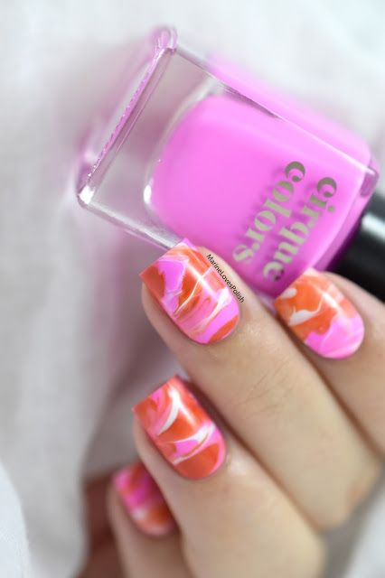 Marine Loves Polish: Neon Smooshy Marble with Cirque Colors [VIDEO TUTORIAL] - Marble nails - Neon nail art - easy marble effect - Cirque Colors Socialite (Vice 2017) & Fire Island