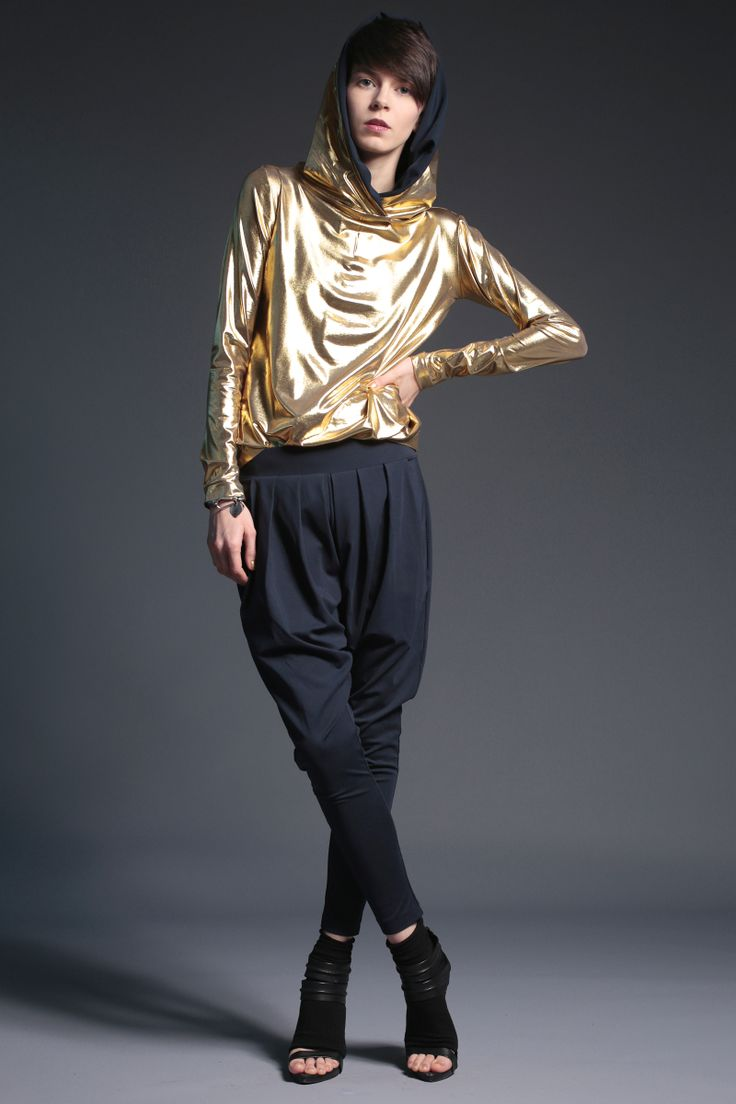 #fashion #woman #womansfashion #gold #hoodie  buy on www.magdahasiak.com