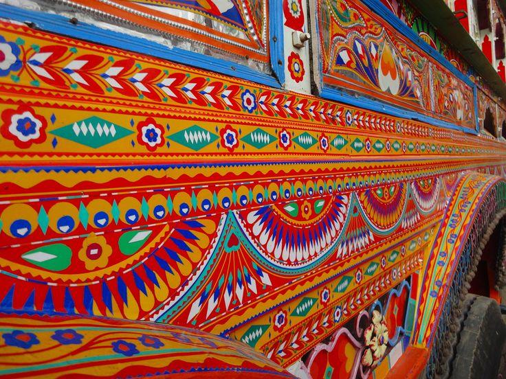 Wow!   Art on Wheels. Pakistan Trucks.