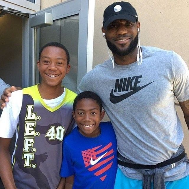regram @teamjamesfamilyaustralia  LeBron with Amy Johnsons sons at Bronnys Basketball Tournament in Vegas.   #TEAMLEBRON #TEAMCAVS #TEAMJAMESFAMILY #TEAMJAMESFAMILYAUSTRALIA #ALLIN #2016NBACHAMPIONS #LEBRONJAMES #KINGJAMES #CAVS #CAVSNATION #CAVSBASKETBALL #THELAND #BELIEVELAND #BELIEVE #DEFENDTHELAND #JUSTAKIDFROMAKRON #STRIVEFORGREATNESS #IPROMISE #DHTK #RWTW  http://ift.tt/2u4vF7o