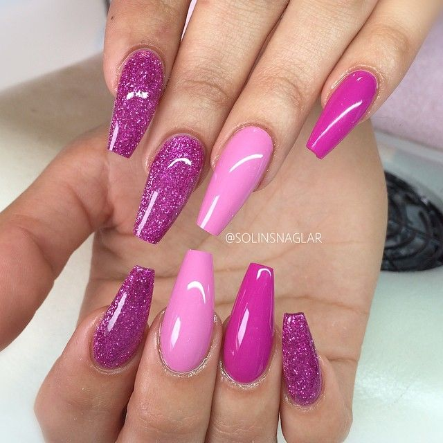 Pink + Fuchsia + Purple Glitter. Long Coffin Nails. #nail