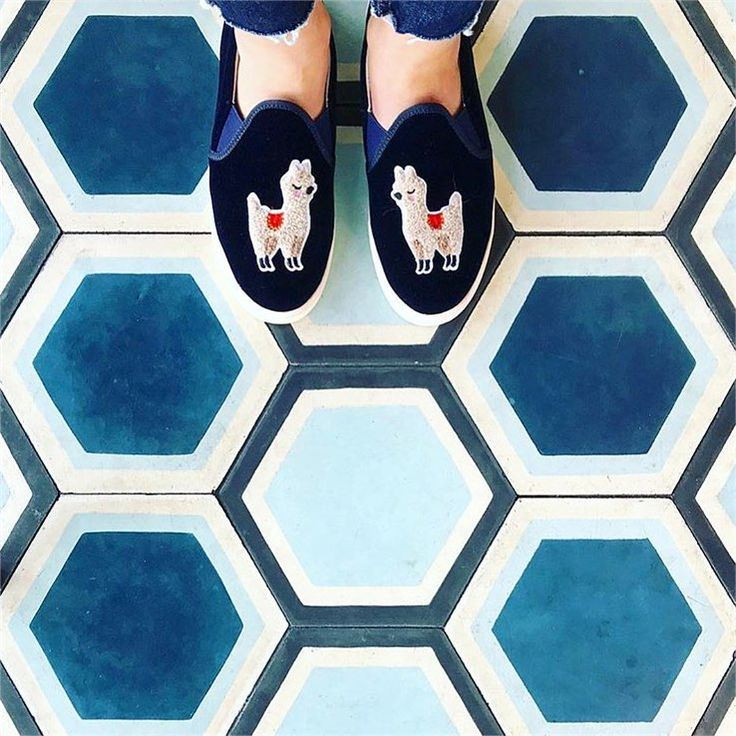 """13.7k Likes, 151 Comments - I Have This Thing With Floors (@ihavethisthingwithfloors) on Instagram: """"Cuties to ease your Monday #ihavethisthingwithfloors by @carolinebirman #blue #blues #lama…"""""""