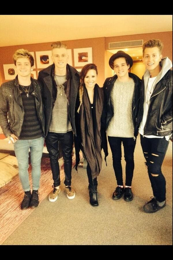 The Vamps with Demi Lovato!!  Awesome!! Luv them both!