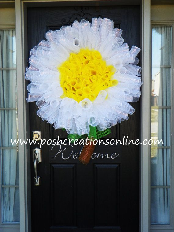 Daisy Wreath Deco Mesh Wreath Mesh Daisy Wreath by poshcreationsKY, $65.00 Extra Large Flower Daisy Wreath.. Great for a little girls door or hanging above her bed.. Adorable on your front door.. The perfect Summer Wreath.