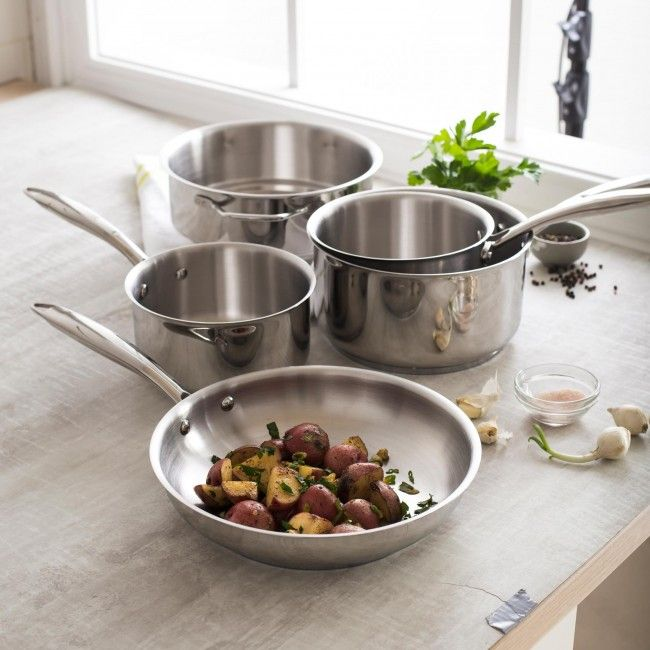 Avonlea is one of Paderno's newest lines of high quality cookware proudly manufactured in Canada. The Avonlea sets include all the pots and pans you will need to perform different cooking functions in the kitchen. Made from 18/10 stainless steel, and featuring an impact bonded, encapsulated base for even heat distribution and retention that is safe for all cook tops of modern kitchens, including induction.
